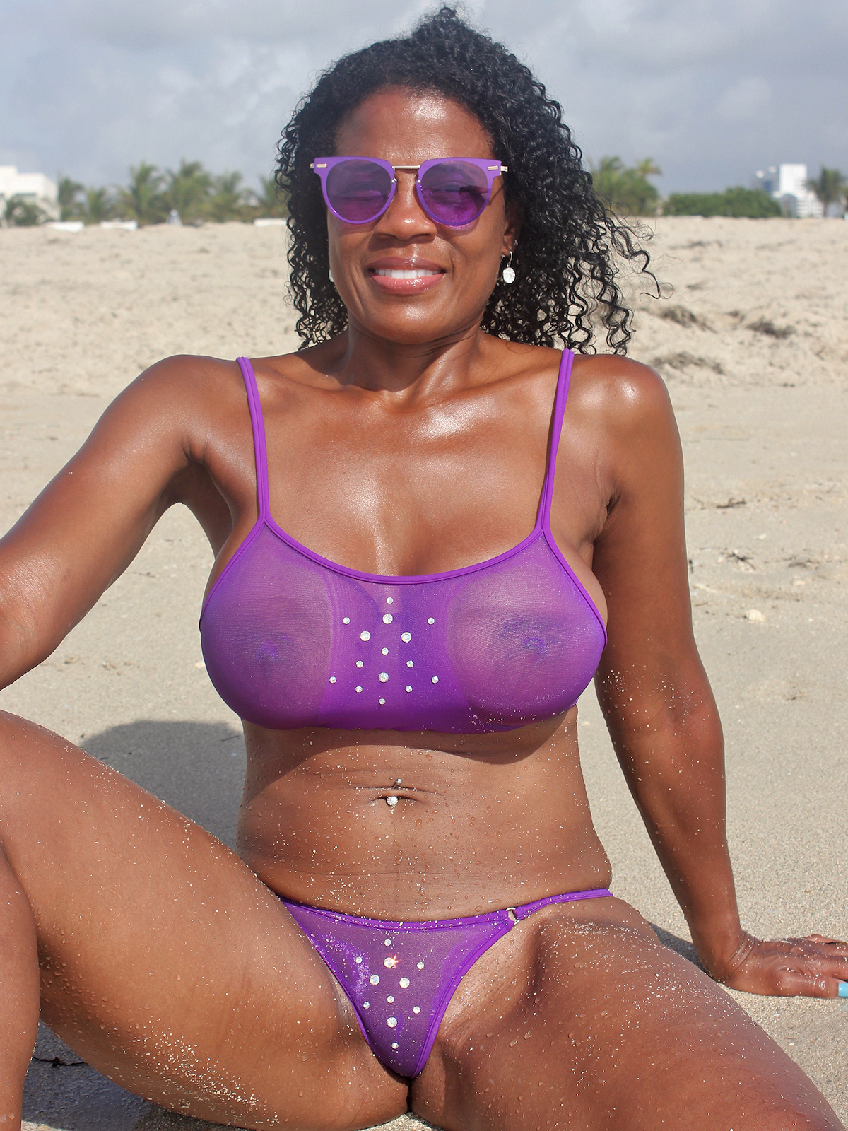 bikini-contest-see-through