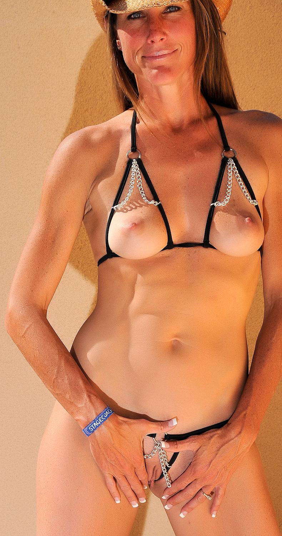 One hour Bikini contest customer photo