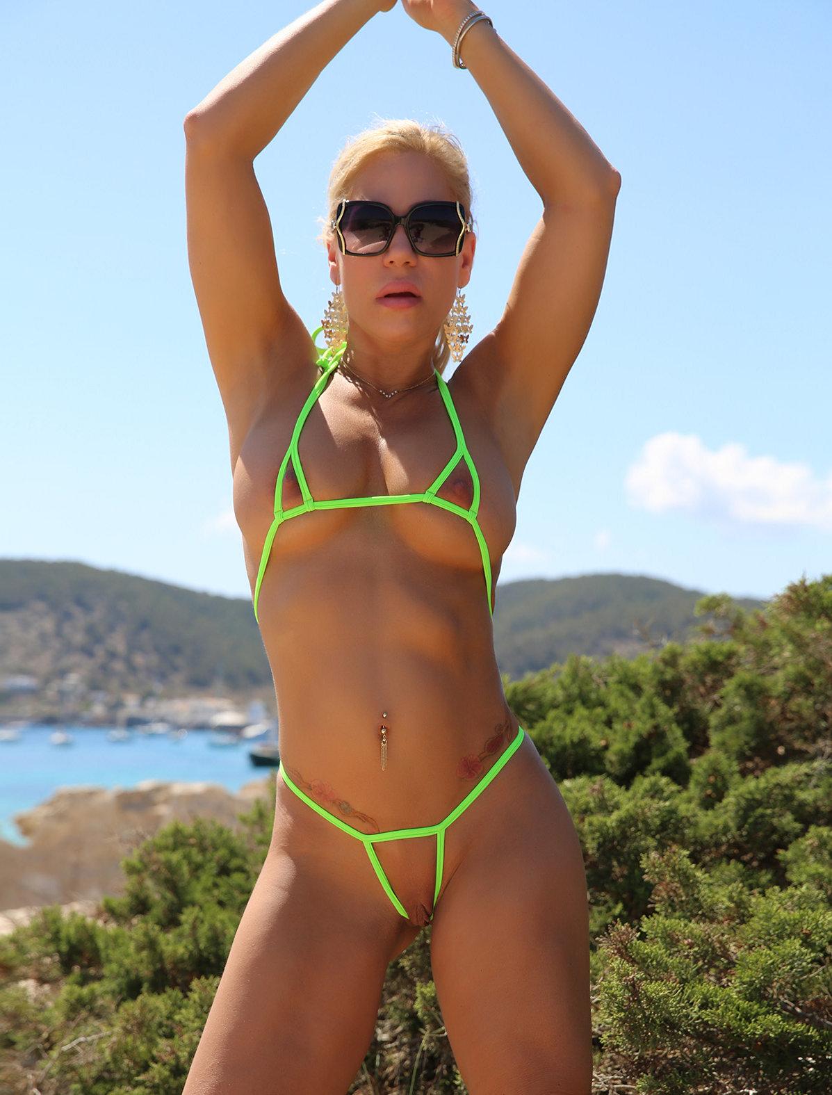 Crotchless bikini galleries — 7