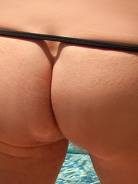 Girl pees in diaper
